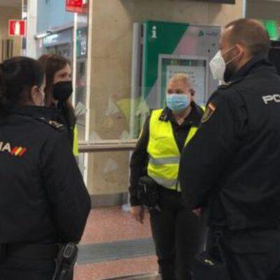 La Policía Nacional intensifica los contactos con los vigilantes de seguridad